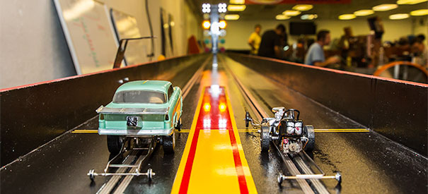 Slot Car Drag Racing